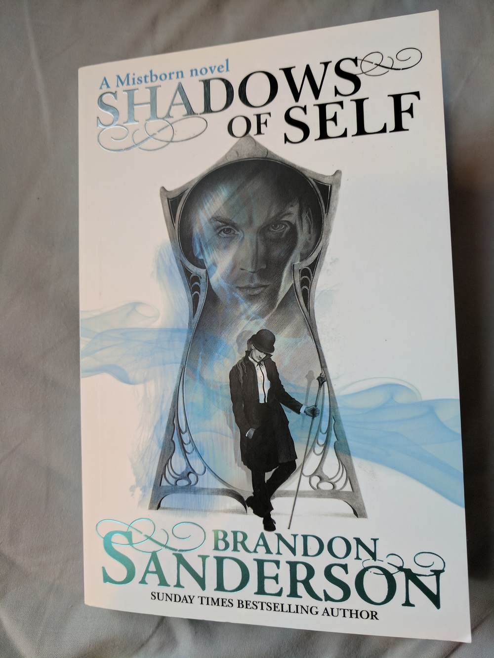 Brandon Sanderson - Shadows of Self